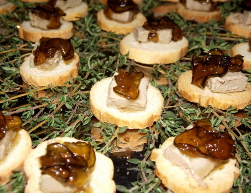 Contratar Buffet para Festa de Casamentos no Jardim São Gonçalo - Buffet para Casamento a Domicílio