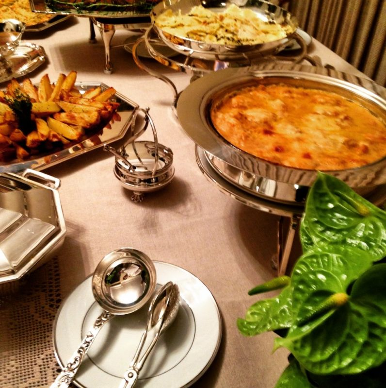 Onde Contratar Buffets em Domicílio para Festas na Vila Cristália - Buffet a Domicílio para Casamento