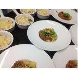 Catering completo para festa na Vila Sara